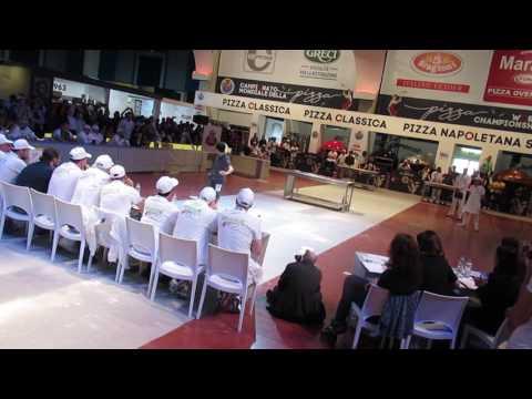 Вице-чемпион мира пицца-акробатике 2017 Tachikawa Takumi из Японии