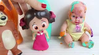 Niloya Bebeğini Yıkıyor Bebek Parmak Boyası İle Oynuyor