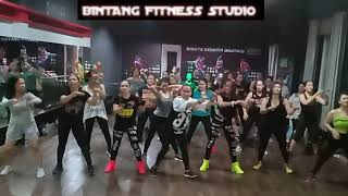 Download lagu GOYANG GAGAK  BY FITRI KARLINA FT KANIA /BINTANG FITNESS STUDIO,SANGATTA