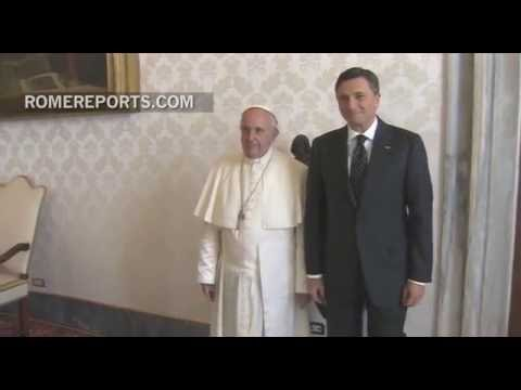 Slovenian president invites Pope Francis to visit his country