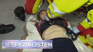 Ohnmacht-Spiel auf'm Fabrikgelände! Teenager schweben in Lebensgefahr | Die Spezialisten | SAT.1 TV