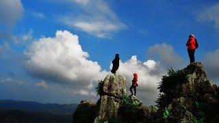 Eksotisme Taman Batu (Stone Garden) dan Goa Pawon