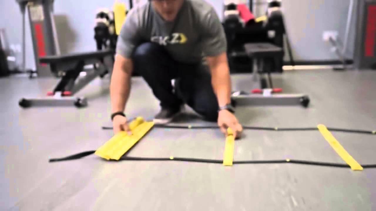 Беговые упражнения для начинающих (со скоростной лестницей) - YouTube