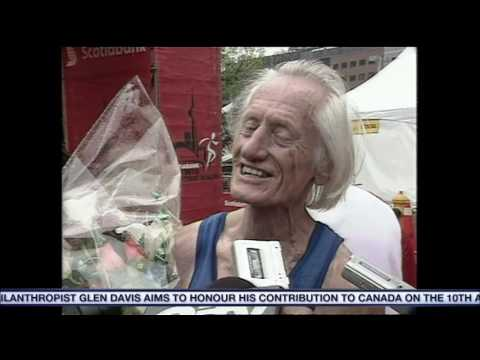 Video: Decorated marathon runner Ed Whitlock dead at 86
