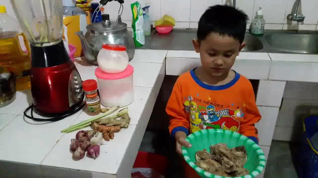 Image result for bocah kecil memasak