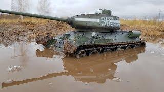 ЕДЕТ ТАМ, ГДЕ ТАЧКИ ВЯЗНУТ ... ТАНК Т-34-85 в гряземесе