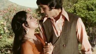 Roop Yeh Tera Kisne Banaya - Kishore Kumar, Amitabh, Mala Sinha, Sanjog Song