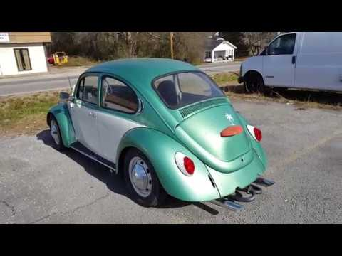 A quick look at a VW Beetle for sale
