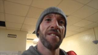 ENZO MACCARINELLI LANDS 5th ROUND STOPPAGE & NOW URGES FRANK WARREN TOO MAKE ROY JONES JR FIGHT
