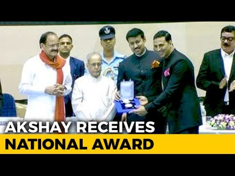 National Film Awards 2017: Akshay Kumar Receives His Best Actor Prize