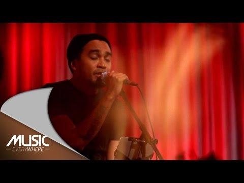 Glenn Fredly  - Sabda Rindu (Live at Music Everywhere) ***