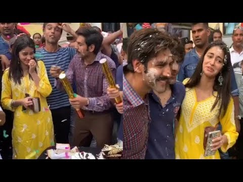 Kartik Aaryan & Ananya Pandey's Fun Celebrations On The Last Day Shoot Of Pati Patni Aur Woh Mp3