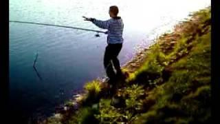 тупая тусня на рыбалке.mp4