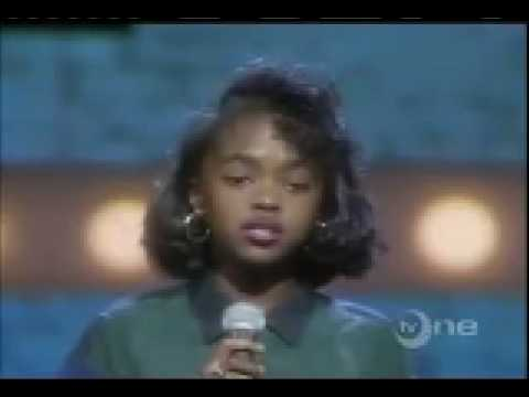 Lauryn Hill gets BOOED at age 13 (Live at...