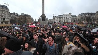 Repeat youtube video Anti Margaret Thatcher party in Trafalgar square