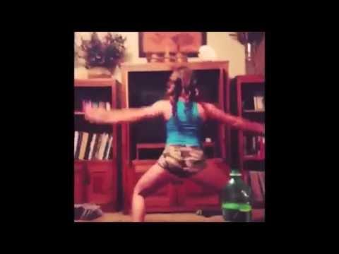 White Girls Twerking like Miley Cyrus