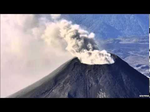 Chile's Villarrica volcano spews ash in renewed activity
