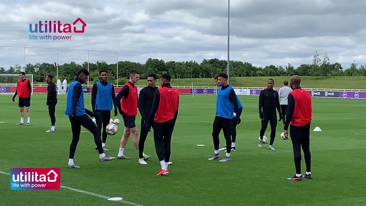 ENGLAND TRAINING REPORT  BY  NICK COLLINS