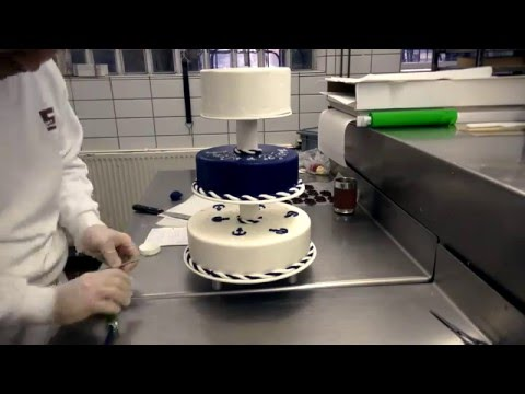 3 Tier Maritime Wedding Cake Timelapse