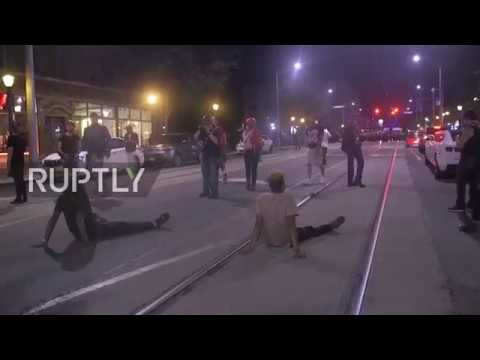 USA: Violent protests continue in St Louis after following officer acquittal