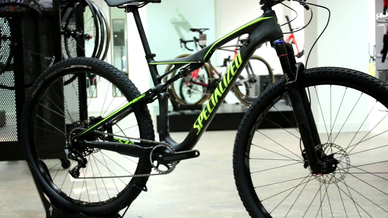 bd43e9badb9 Specialized Epic FSR Comp Carbon World Cup Mountain Bike 2017 - YouTube