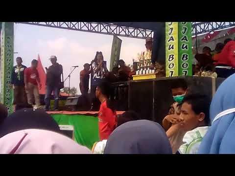 Konser Jihan Audy Di Lapangan Tumbrasanom Kec.kedungadem Bojonegoro Dlm Acara Perkemahan