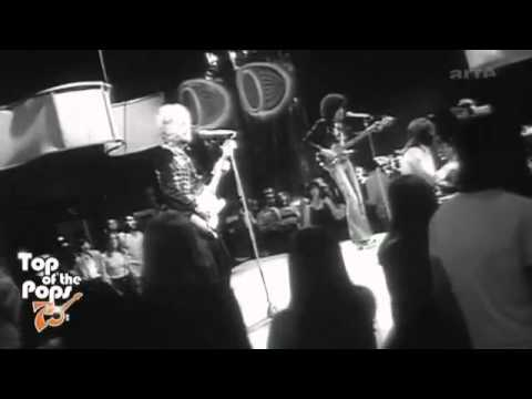 Thin Lizzy - Whiskey In The Jar (TOTP 1973)_HQ - YouTube.flv