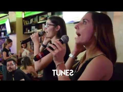 Bruno Mars - Just The Way You Are  - Karaoke at Tunes Pub Buch...