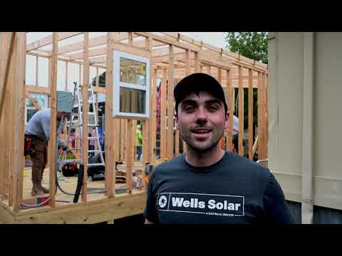 Wells Solar - Garza Independence High School Greenhouse Project