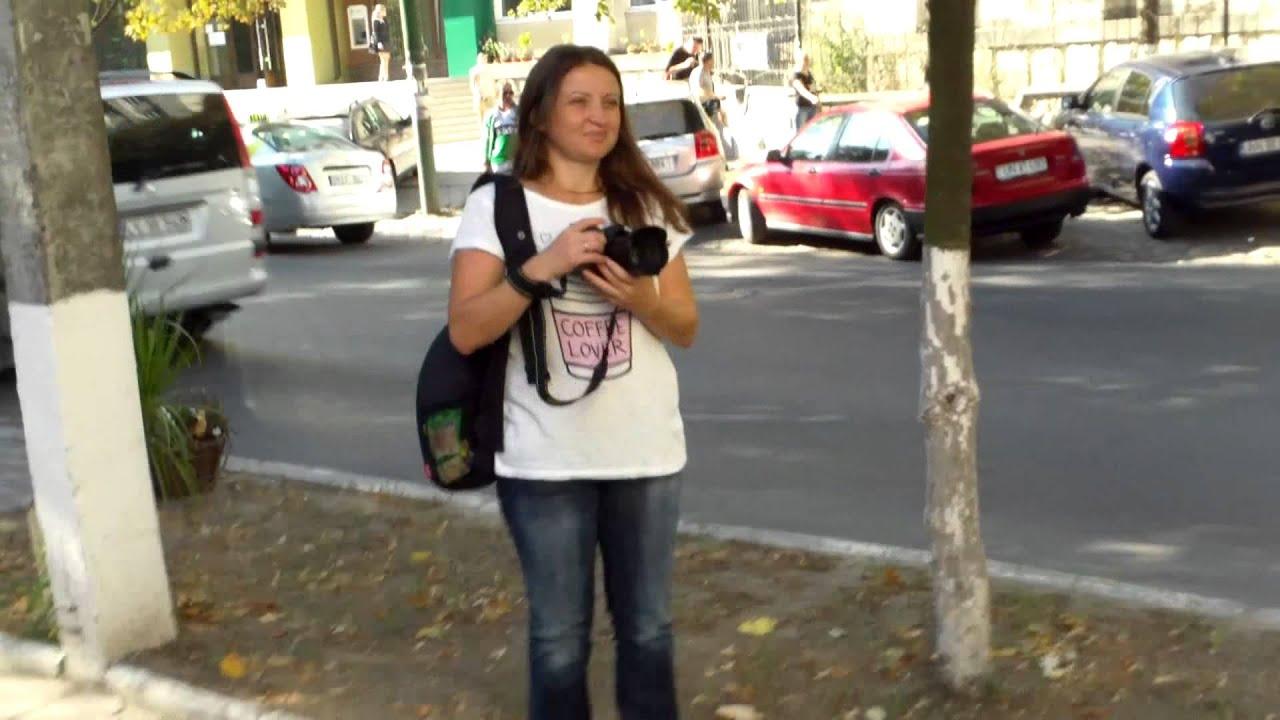 A doua zi de protest la ambasada azeră #FreeKhadija