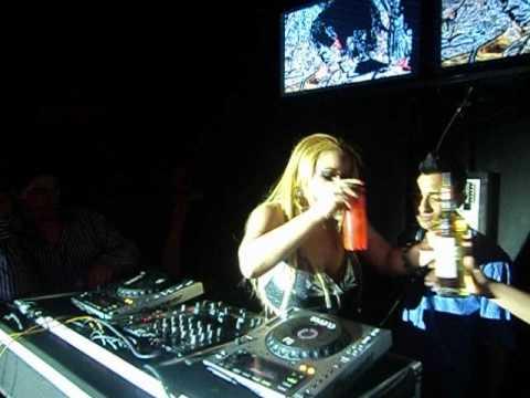 Topless DJ in Singapore (DJ Affecta Pt 1) - YouTube