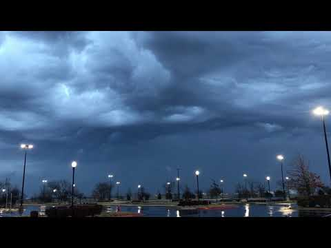Powerful cold front pushing through OKC Metro with threat shifting to ice!