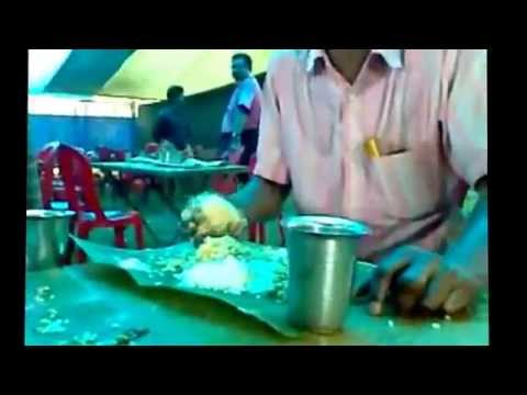 Crazy Indian / Check Out How He Eat Rice