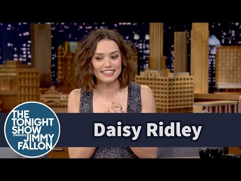 Thumbnail: Daisy Ridley Cried over the First Force Awakens Trailer