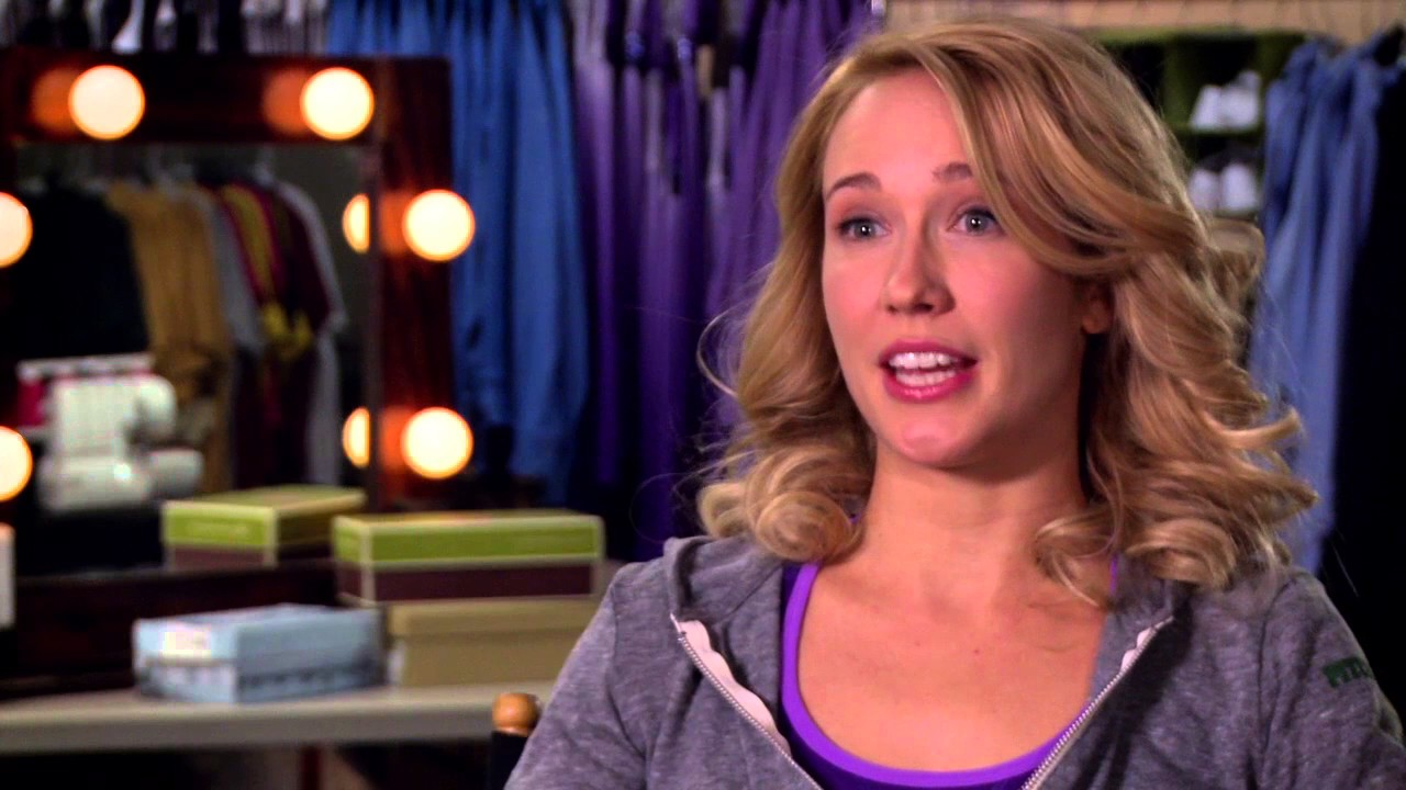 Anna Camp Pitch Perfect Interview Youtube