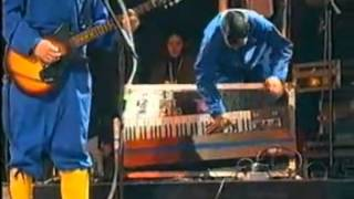 Beastie Boys - Sabotage (Live at Woodstock 1999)