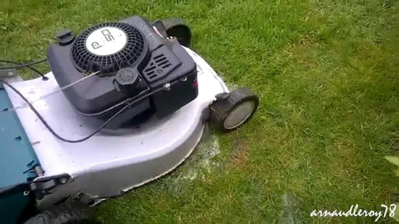 Comment nettoyer sa tondeuse rapidement youtube - Comment nettoyer sa plancha ...