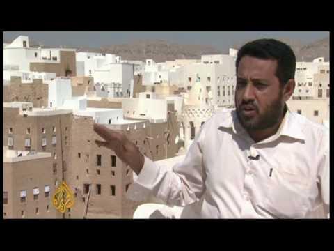 Yemen skyscrapers in danger of collapse