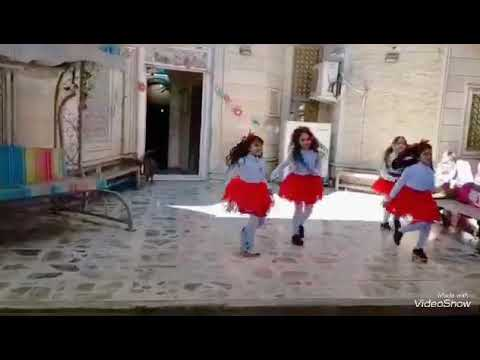 Petit Panda _ Cute Kids Dance In Iraq