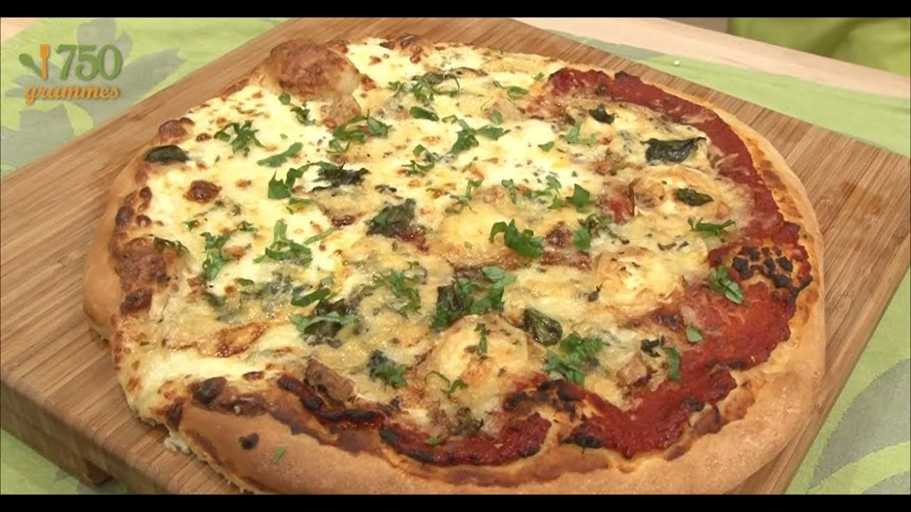 pizza aux 4 fromages 750g youtube. Black Bedroom Furniture Sets. Home Design Ideas
