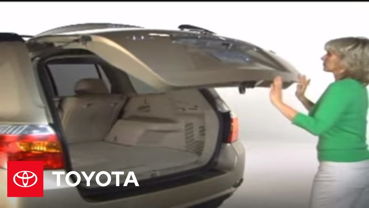 Toyota Highlander Owners Manual: Opening the back door from outside the vehicle