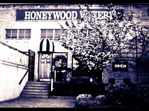 Honeywood Story