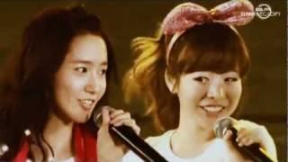 Download Video [FMV] What makes SNSD beautiful? MP3 3GP MP4
