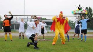 Funky Chicken Dance