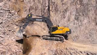 Excavadora Volvo EC750D: enfrente cualquier tarea