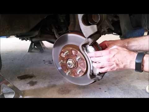 Front Brake Pad Replacement Honda CRV