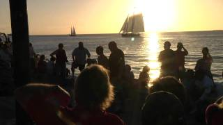 Repeat youtube video Mallory Square Sunset Celebration, Key West