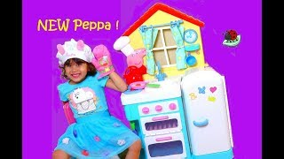 Peppa Pig's Little Kitchen Playset Play Toy.  Video For Kids (itsplaytime612)