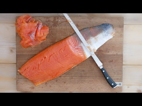 How To Cold Smoke Salmon  - Delicious Salmon Bagel