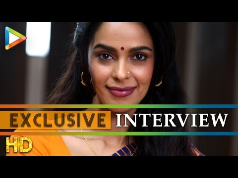 """It Was Very Tough To Shoot Scenes Where Om Puri Is Taking Off My Saree"": Mallika Sherawat"